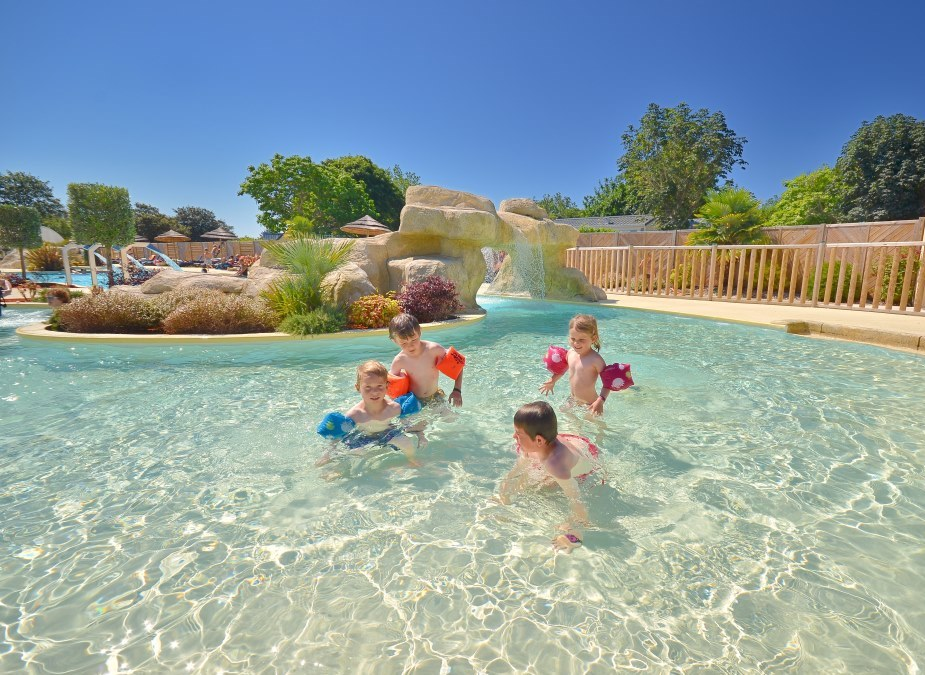 Parc aquatique finistere for Piscine landerneau